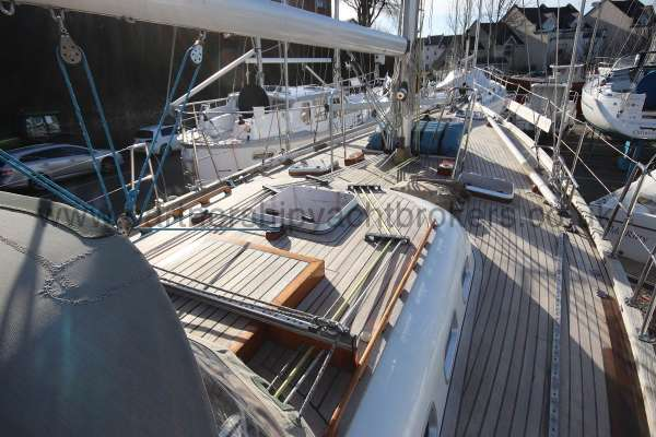 Classic Classic 45  Deck view - starboard side