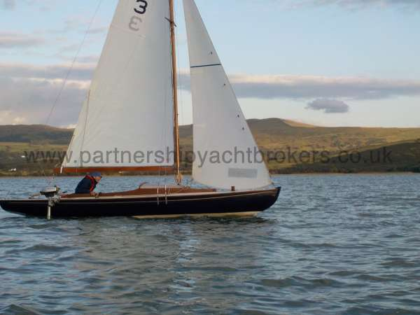 Classic Day Sailer with trailer Loch Long under sail - owners pic