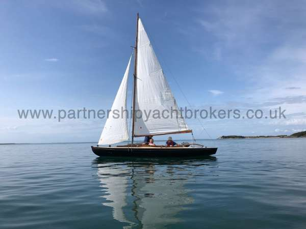 Classic Day Sailer with trailer for sale
