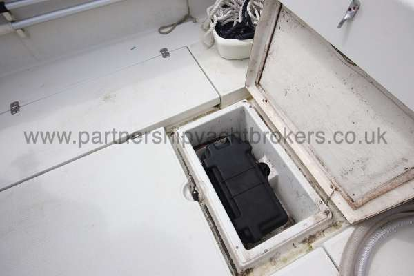 Orkney Pilot House 20 Orkney Pilot house 20 Stowage locker for batteries -