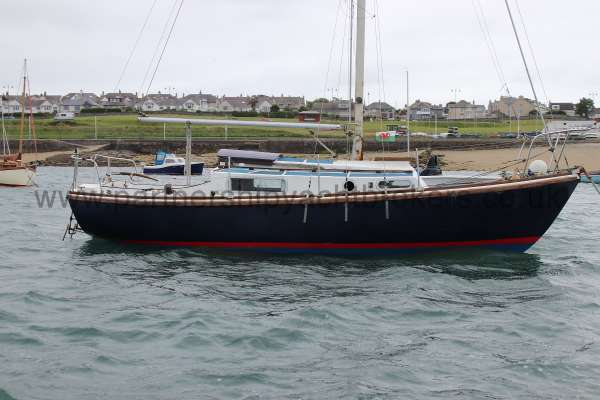 Macwester 27 Starboard side -