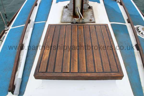 Macwester 27 Fore hatch -