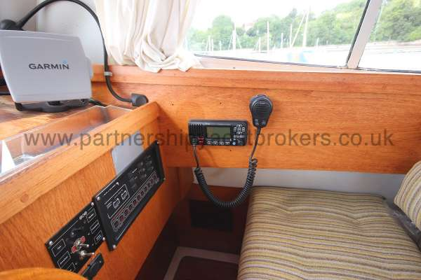 Westerly Konsort Duo VHF radio -