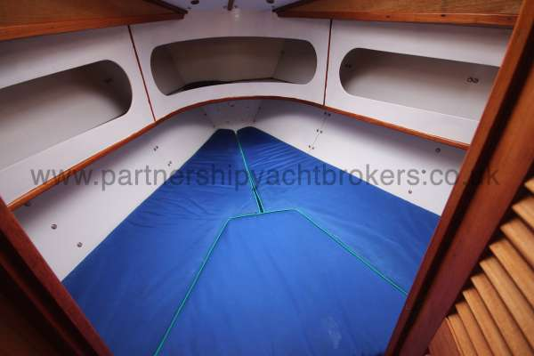Sadler Phoenix 27 The fore cabin - ample space for stowage