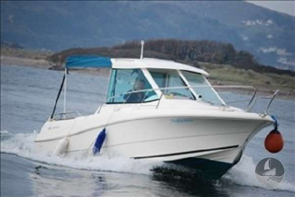 Jeanneau Merry Fisher 585 At speed -