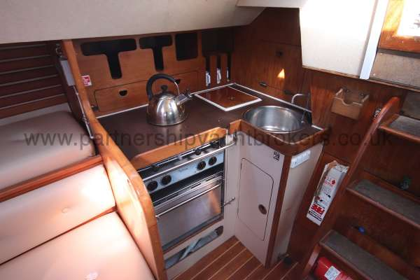 Sigma 33 The galley -