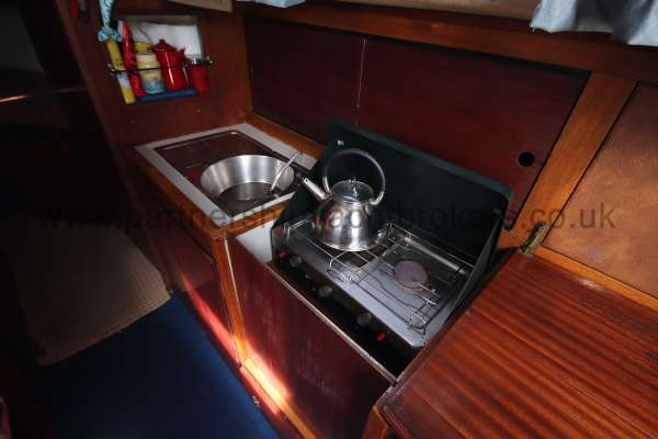 Colvic Sailer 26 The galley - situated to starboard