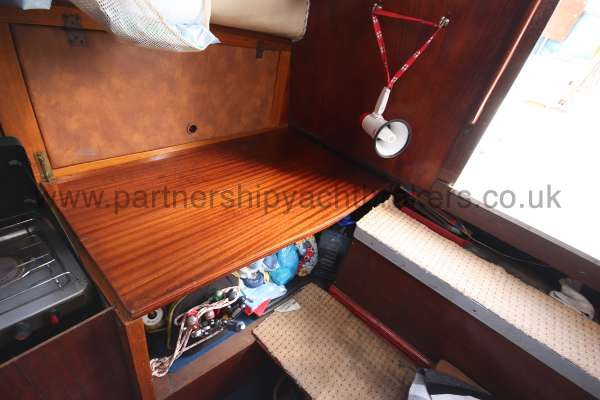 Colvic Sailer 26 The navigation table - with quarter berth below
