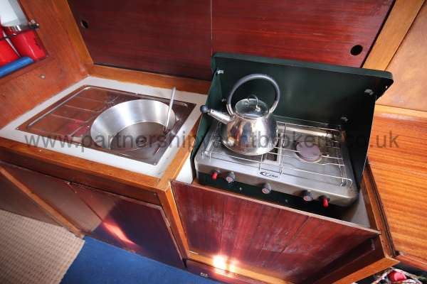 Colvic Sailer 26 The galley - cooker and sink