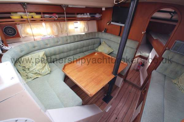 Southerly 105 The saloon  - port side