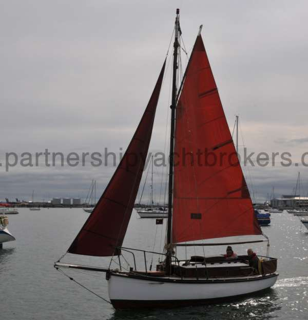 Hillyard Four ton Under sail - owners pic