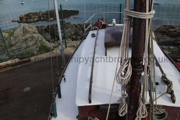 Hillyard Four ton Starboard side deck - looking aft