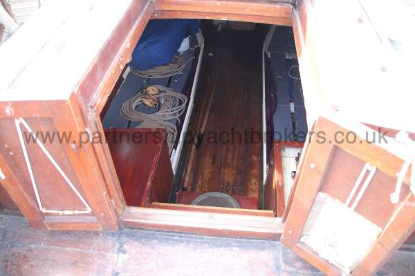 Hillyard Four ton the main hatch -