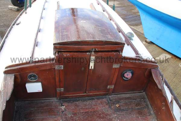 Hillyard Four ton Cockpit and companionway -
