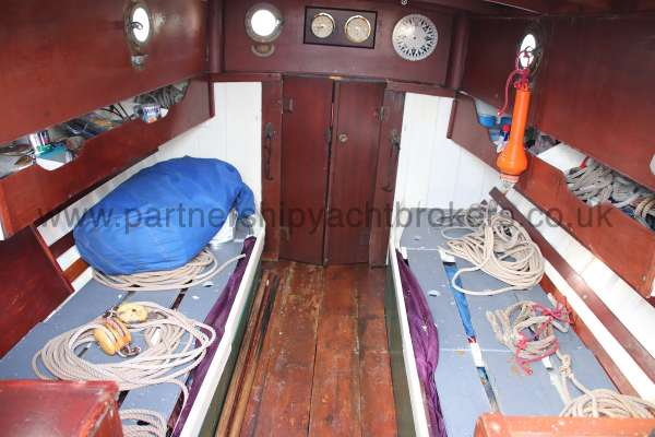 Hillyard Four ton The saloon -