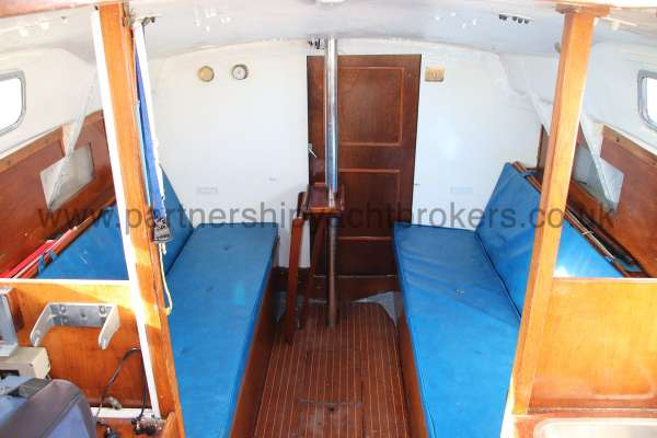 Scampi 30 Saloon view -