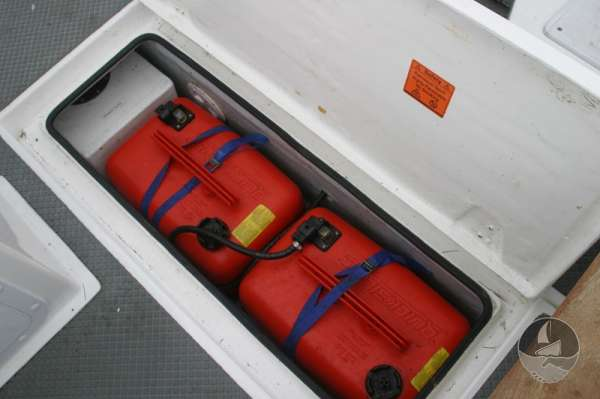 Nord Fisher 170 Fuel stowage -