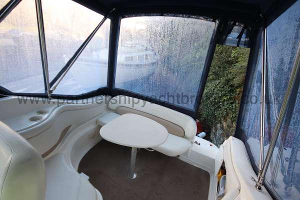 Regal 2465 Commodore The stern deck -