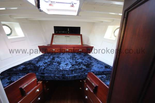 Wooden Classic Motor Yacht Twin Engine The owners cabin - located aft