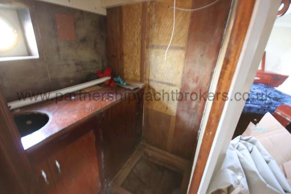 Wooden Classic Motor Yacht Twin Engine The shower room - requires completion