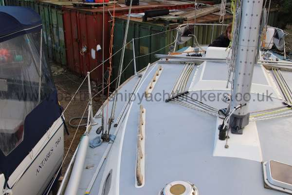 Westerly Fulmar The starboard side deck - looking aft