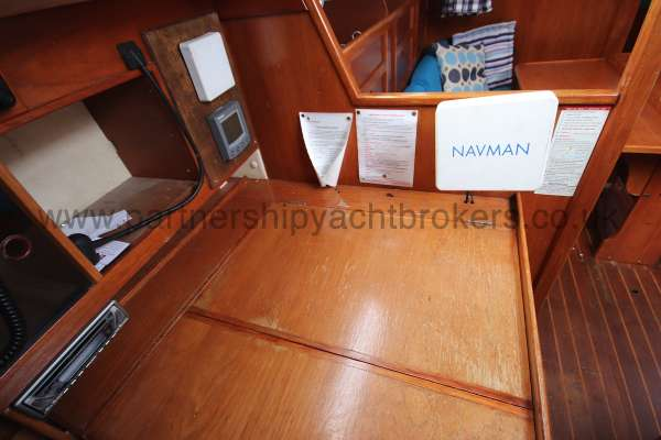 Westerly Fulmar Navigation table detail -