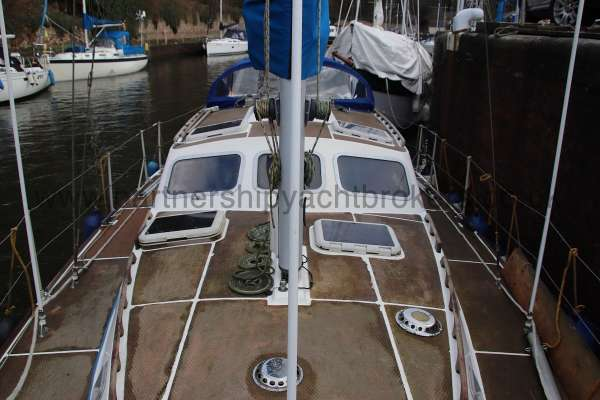 Westerly Vulcan Deck view looking aft -