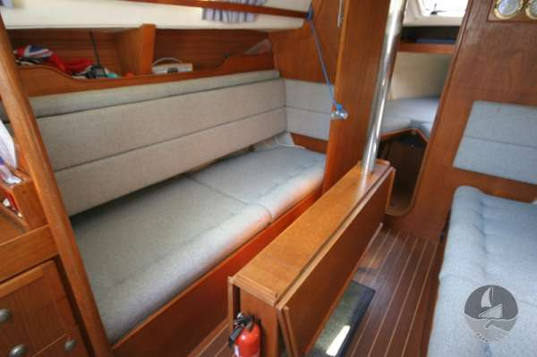 Hunter Channel 32 Starboard settee looking aft -