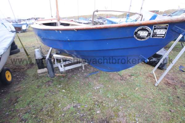 Home built Shetland Skiff Traditional lines - stern view