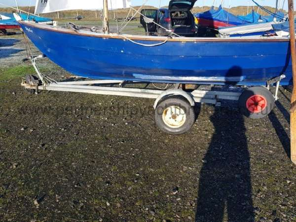 Home built Shetland Skiff The combi road trailer - owners pic