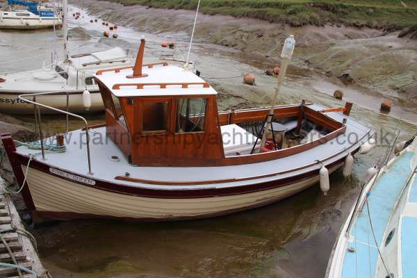 Wooden Classic 24 ft for sale