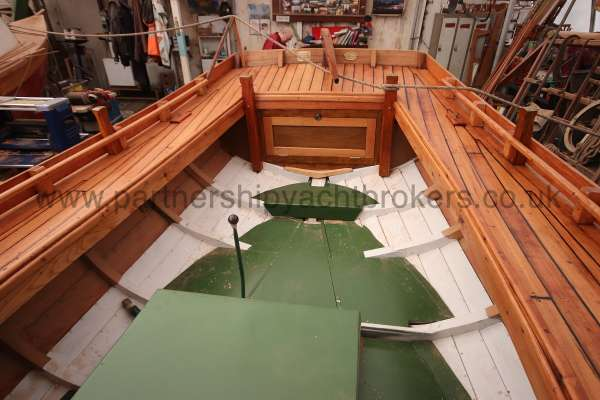 Devon Lugger 18 ft Wooden Classic  - interior view from forward
