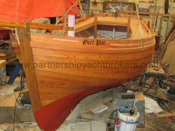 Devon Lugger 18 ft Wooden Classic  - hull planking in 3/4 in larch
