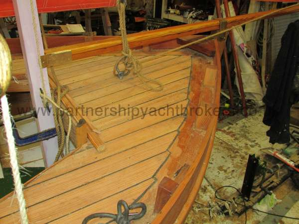 Devon Lugger 18 ft Wooden Classic  - laid decks
