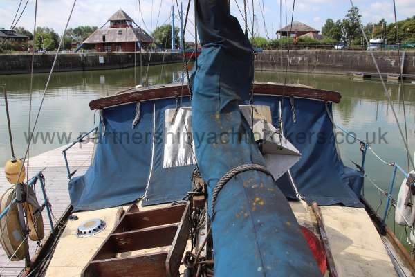 Hillyard 16 Ton Hillyard 16 Ton  - Wheel shelter from aft