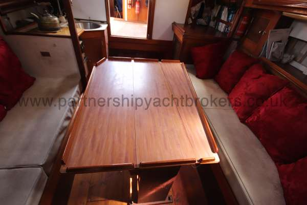 Hillyard 16 Ton Hillyard 16 Ton  - saloon table extended