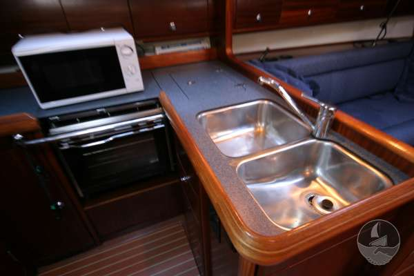 Bavaria 36 Galley with twin sinks -
