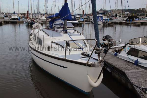 Leisure 23 Leisure 23 - bow view
