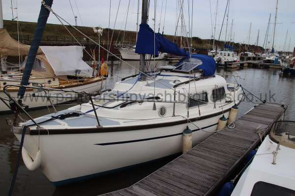 Leisure 23 Leisure 23 - starboard side