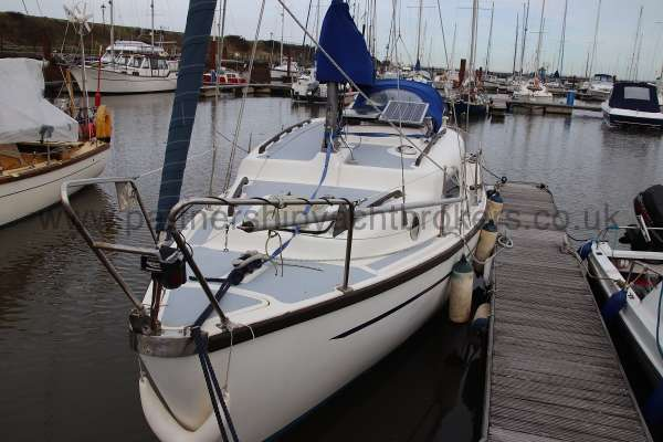 Leisure 23 Leisure 23 - starboard bow view