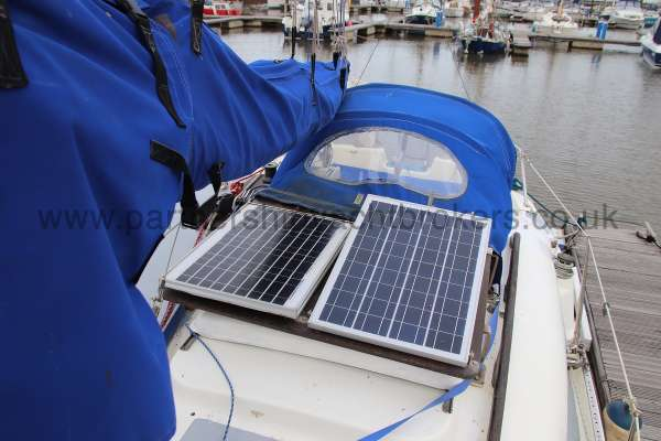 Leisure 23 Leisure 23 - stack pack and solar panels