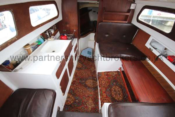 Leisure 23 Leisure 23 - the saloon from the cockpit