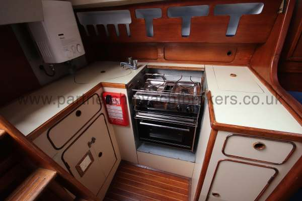 Moody 33S Moody 33S - Located port side aft