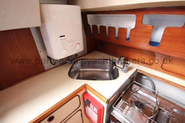 Moody 33S Moody 33S - Galley sink and gas heater