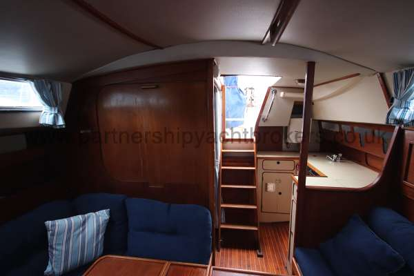 Moody 33S Moody33S - Hatch and curtain separates aft berth from saloon