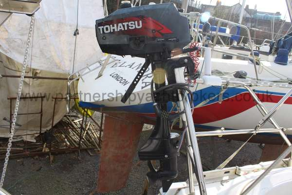 Jeanneau Sun Odyessy 42.2 Jeanneau Sun Odyessy 42.2 - Tender Outboard