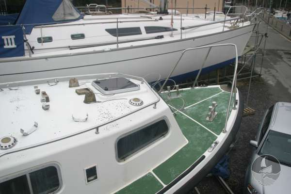 Nelson 35 Fore deck view -