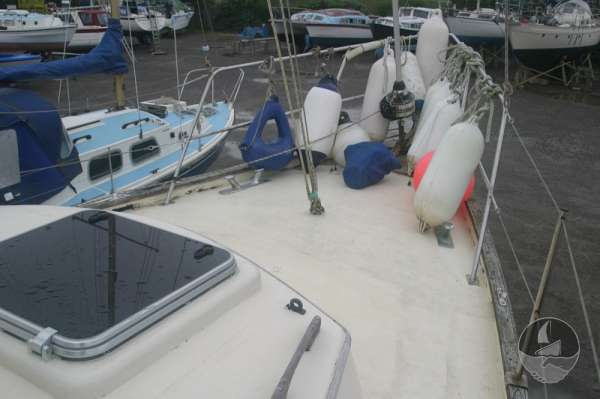 Sea Trader 41 The fore deck -