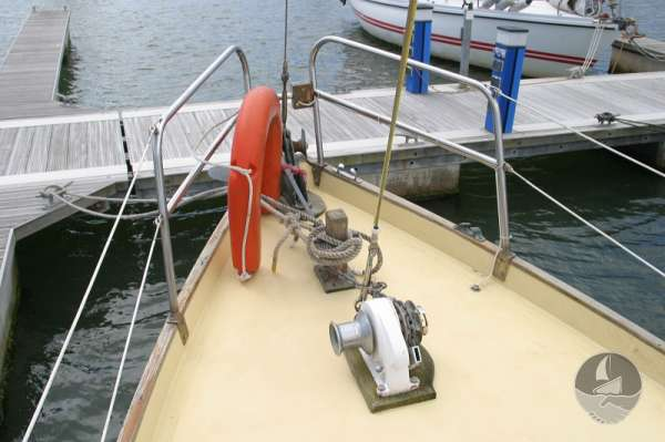Vertue Classic Wooden Yacht The fore deck - And windlass