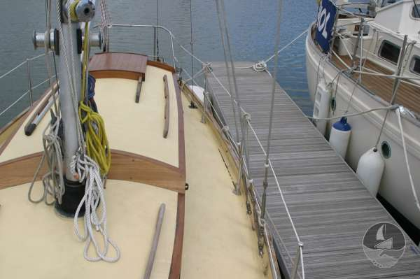Vertue Classic Wooden Yacht Port side deck - Seen from foreward